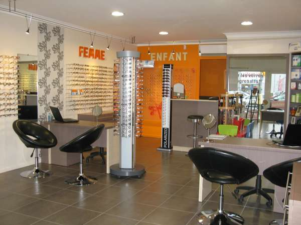 Opticien : OPTIQUE DANOU, 120 AVENUE DU 3 SEPTEMBRE, 06320 CAP D'AIL