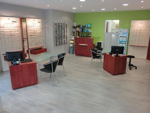 Opticien : HOCHETTES OPTIQUE, 17 PLACE COURBET, 62000 ARRAS