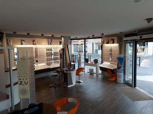 Opticien proposant la marque LIGHT-T : OPTICIENS DU VAL D'OISE, 5 avenue victor hugo, 95630 Mériel