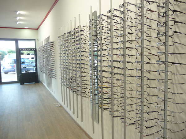 Opticien : EYE-SEE, 312 Route de Bouillargues, 30129 MANDUEL