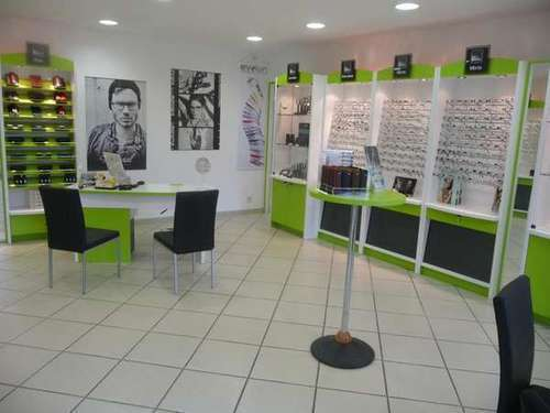 Opticien : OPTIQUE Regards d'ici, 1 rue de l'aviation, 43320 CHASPUZAC