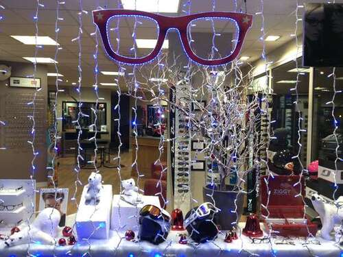 Opticien : EAUBONNE OPTIQUE, 1 Place Aristide Briand, 95600 EAUBONNE