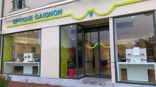 Opticien : OPTIQUE GAIGNON, 15 PLACE DE LA REPUBLIQUE, 72220 ECOMMOY