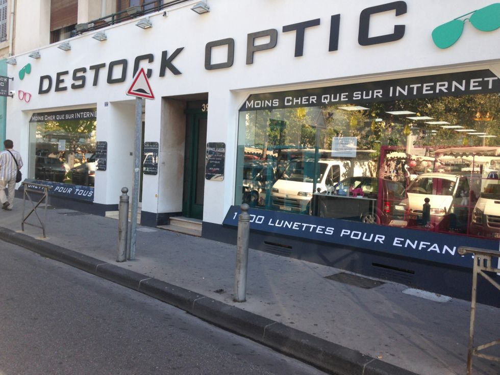 Opticien : DESTOCK OPTIC, 37 AVENUE DU PRADO, 13006 MARSEILLE