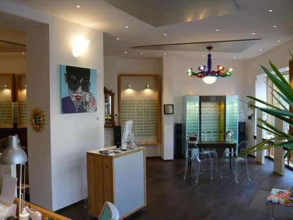 Opticien : LU.Net OPTIQUE, 3 Place Péchiney, 04160 CHATEAU ARNOUX SAINT AUBAN