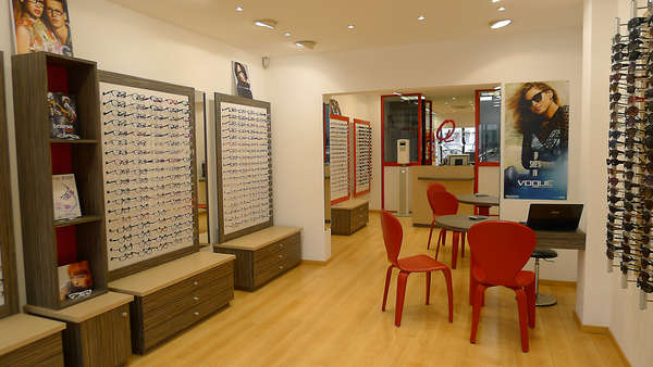 Opticien : SUPEROPTICAL, 256 ALLEE DANIELLE MITTERAND, 34700 LODEVE