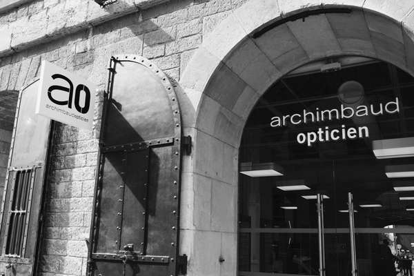 Opticien : ARCHIMBAUD OPTICIEN LES DOCKS, 10 PLACE DE LA JOLIETTE, 13002 MARSEILLE