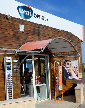 Opticien : SANTE OPTIQUE,  QUARTIER BEAUDINE, 04300 FORCALQUIER