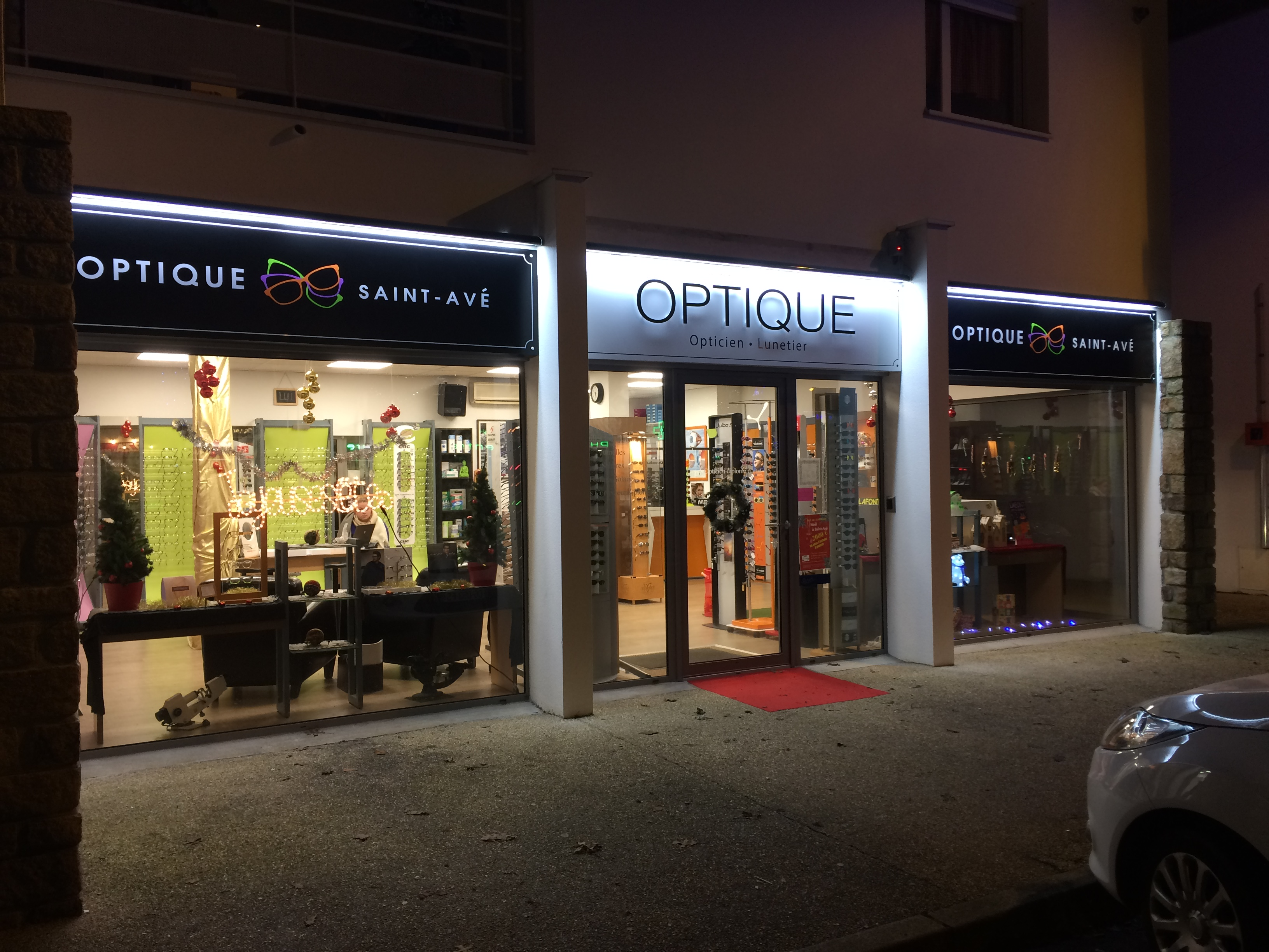 Opticien : OPTIQUE SAINT-AVÉ,  PLACE FRANCOIS MITTERRAND, 56890 SAINT - AVE