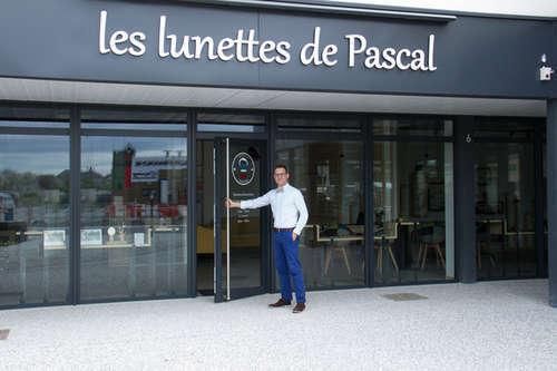 Opticien   LES LUNETTES DE PASCAL, 6 ESPACE CHAMBRETAULT, 49610 LES  GARENNES SUR LOIRE 693d87e17c3d