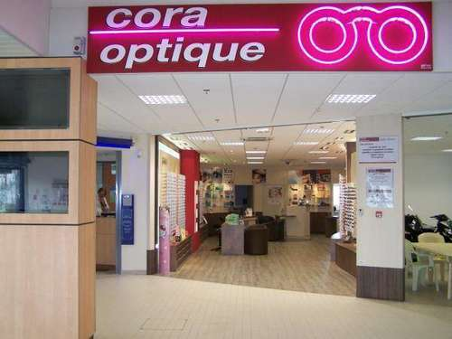 Opticien   CORA OPTIQUE, C.CIAL CORA, 52100 SAINT-DIZIER 6dc93f9783de
