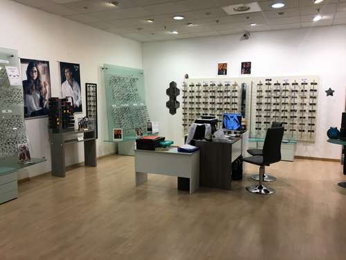 Opticien : OPTIQUE GALILLEE,  GALERIE MARCHANDE DE L'ESTEREL, 06210 MANDELIEU