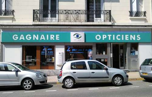 Opticien : GAGNAIRE OPTICIENS, 13 Rue Gambetta, 42500 LE CHAMBON-FEUGEROLLES