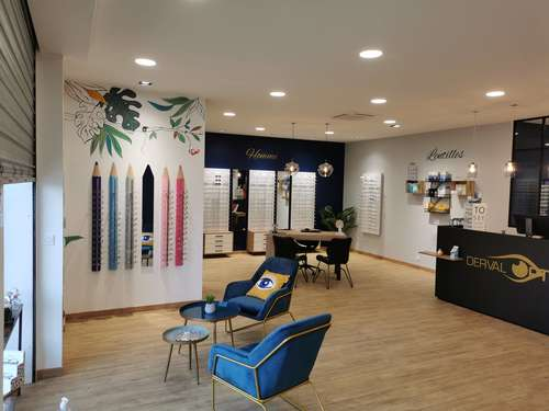 Opticien : DERVAL OPTIC, 15 Place Bon Accueil, 44590 DERVAL