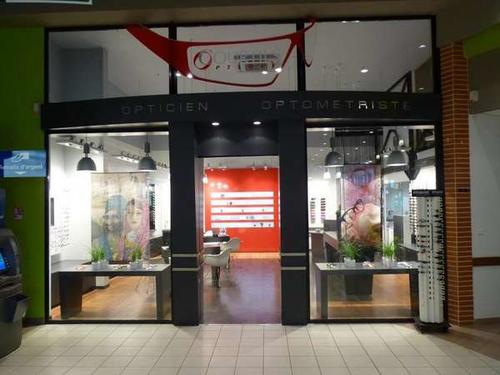Opticien : COURTILS OPTIQUE,  rue Robert Schuman, 49310 VIHIERS