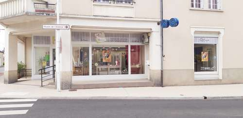 Opticien : OPTIQUE RENAZE, 5 Bis Rue Victor Fourcault, 53800 RENAZE