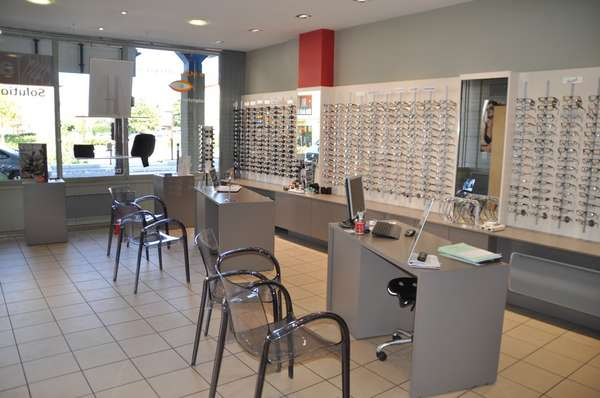 Opticien : B MANGON OPTIC , 39 ROUTE NATIONALE 6, 69720 SAINT-BONNET DE MURE