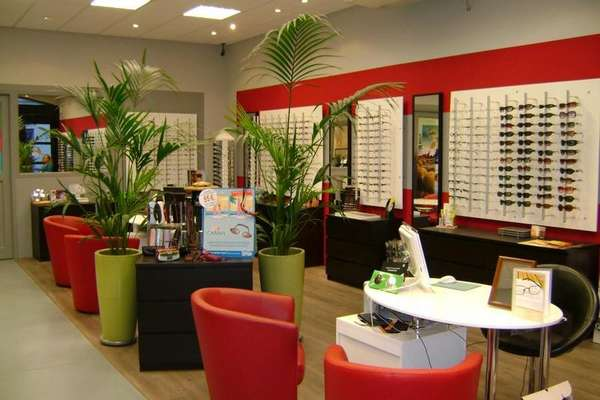 Opticien : OPTIQUE SIGEAN, 13 Avenue de Narbonne, 11130 SIGEAN