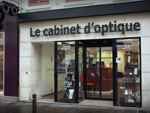 Opticien : LE CABINET D'OPTIQUE, 53 RUE DU GAL DE GAULLE, 78300 POISSY