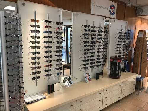 Opticien : ENCLAV'OPTIQUE, 6 Rue Pasteur, 84600 VALREAS