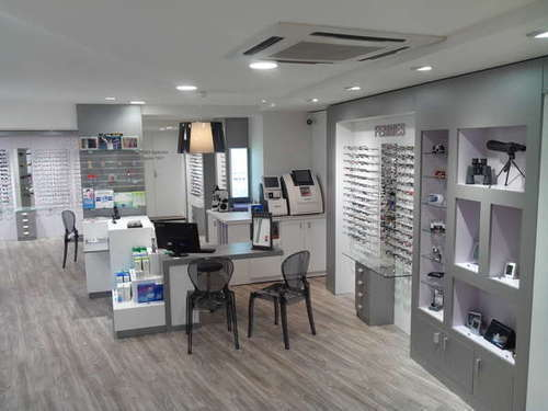 Opticien : EMARD Opticiens et Audition, 11 Rue Alphonse Plault, 86170 NEUVILLE DE POITOU