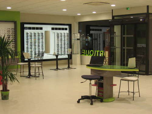 Opticien : NATURAL OPTIQUE, 8 Rue Chanzy, 51800 SAINTE MENEHOULD