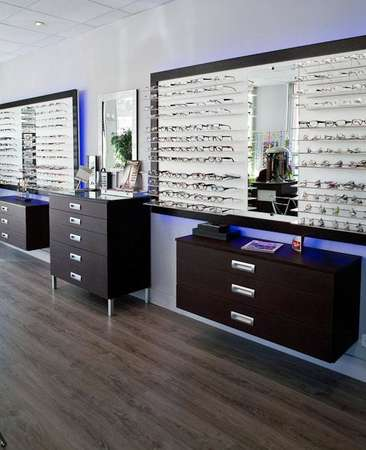 Opticien : OPTIQUE PUYRICARD,  Place rene Waldeck Rousseau, 13100 AIX EN PROVENCE
