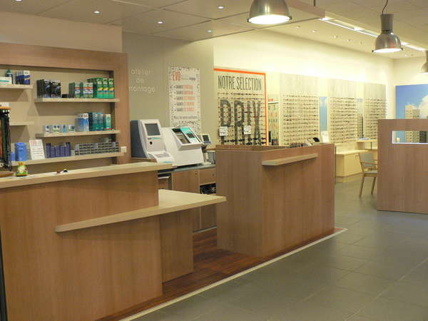 Opticien : EVOLUNETTES,  Galerie Carrefour , 50300 Saint martin des champs