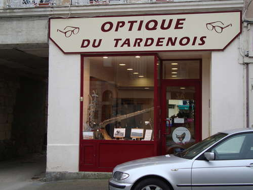Opticien : OPTIQUE DU TARDENOIS, 9 Place de la République, 02130 FERE EN TARDENOIS